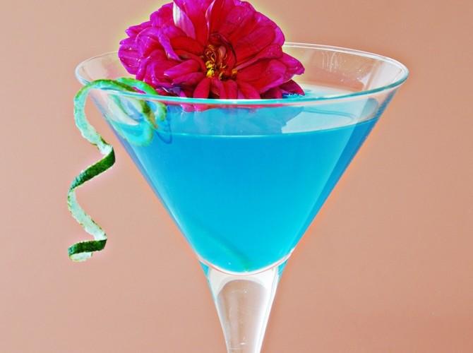 blu sparkling prosecco